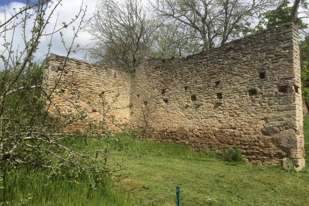 4012 mur terrain